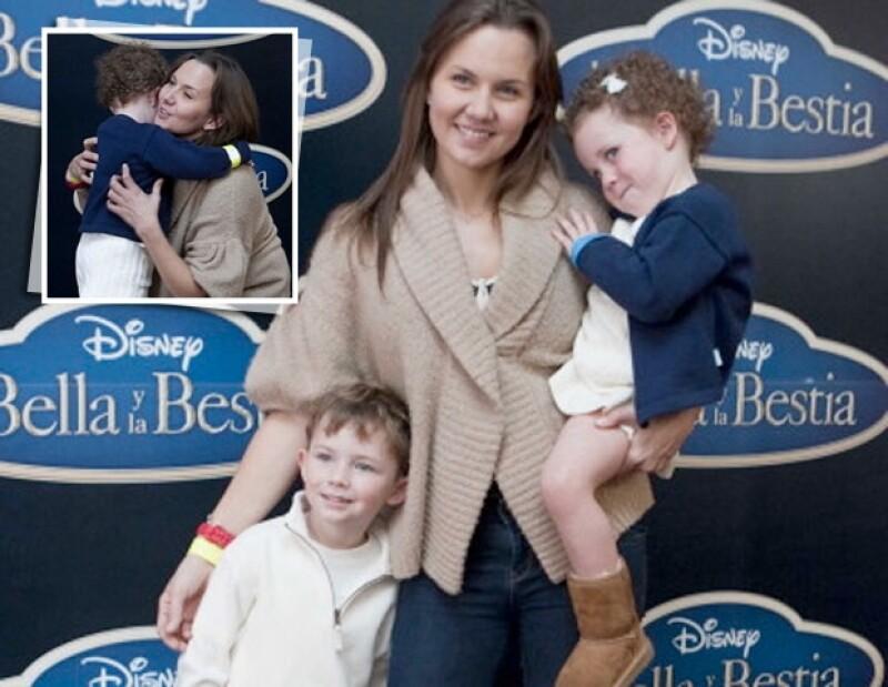 Después de que le concedieran la custodia legal a Leandro Ampudia, la actriz tiene a sus dos hijos de regreso.