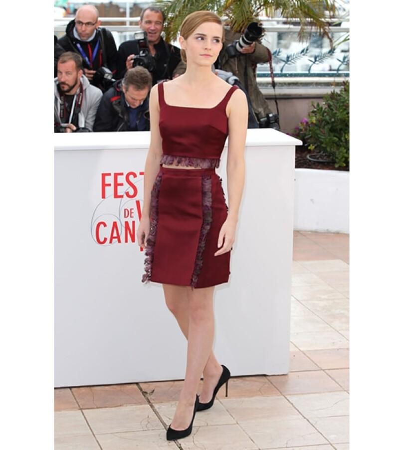 La joven actriz sorprendió con una actitud madura y un estilo sofisticado, durante la segunda jornada de actividades del festival del cine de Cannes.