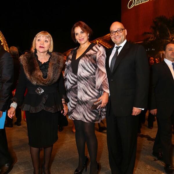 Malu Montes de Oca,María Esther Villar y Luis Moreno