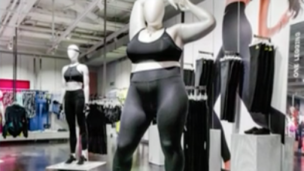 Maniquíes con talla extragrande, la nueva polémica de Nike