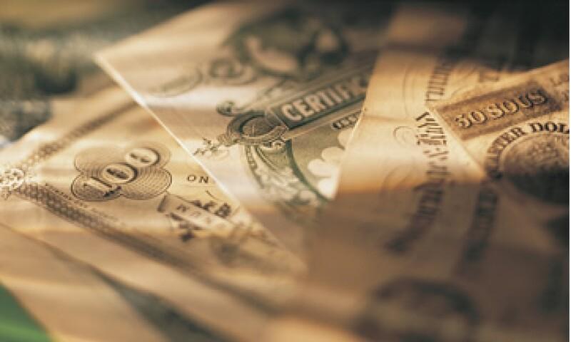 Con las tasas sin cambio y crisis en España e India, México se vuelve un mercado emergente más atractivo para los extranjeros. (Foto: Thinkstock)