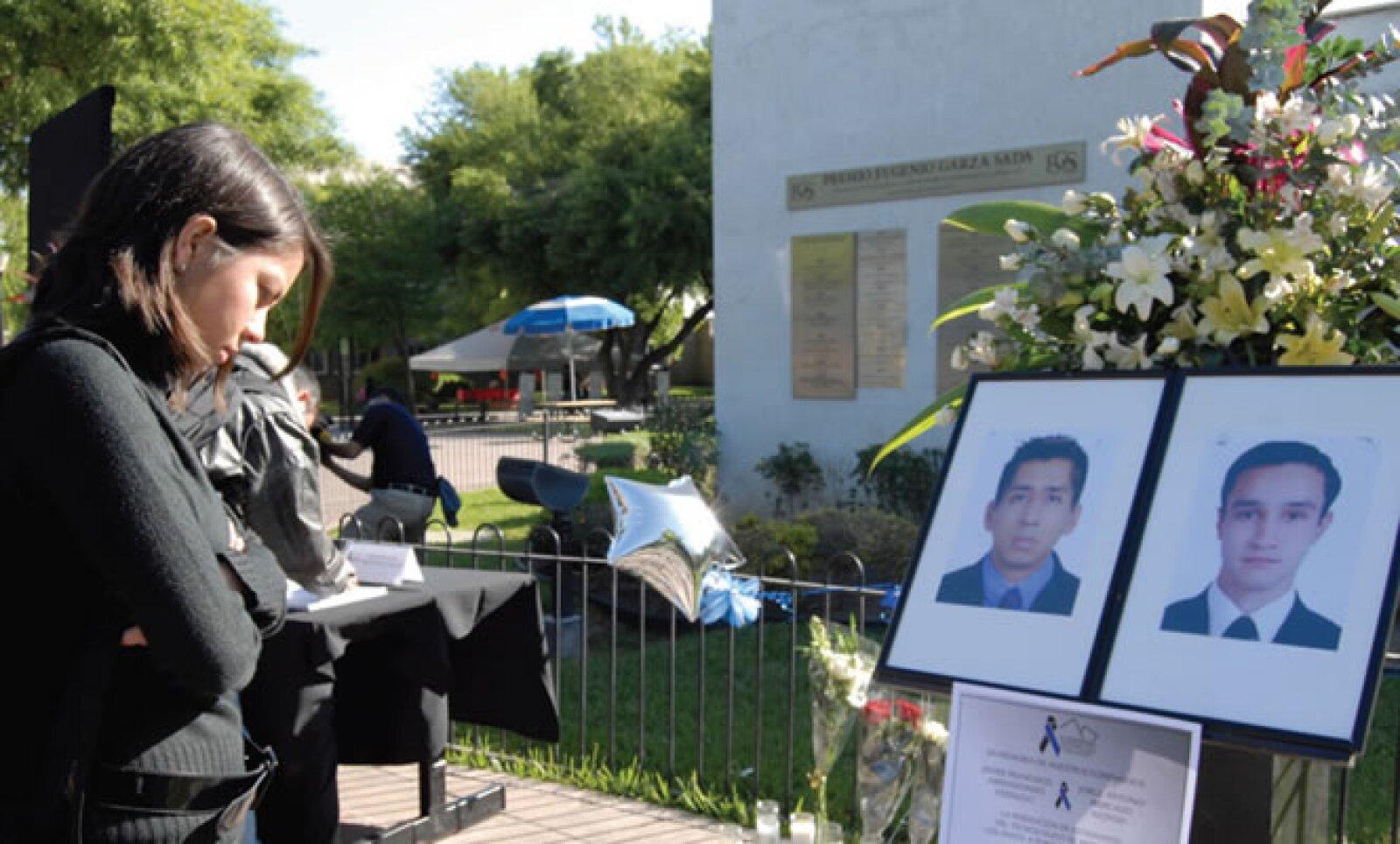 19 de marzo de 2010 El Tec ocupó los titulares con el asesinato de dos estudiantes en las puertas de su universidad. La violencia del crimen organizado se exponía en la ciudad más industrial del país, destino de 12% de las inversiones extranjeras.