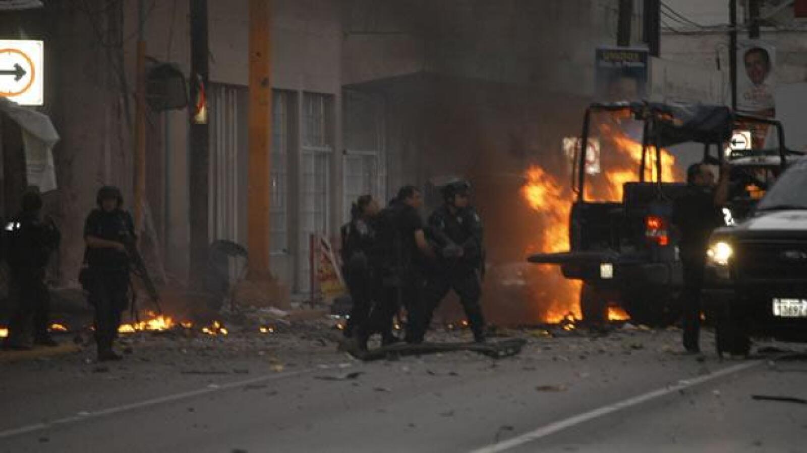 Un grupo armado atacó a policías federales