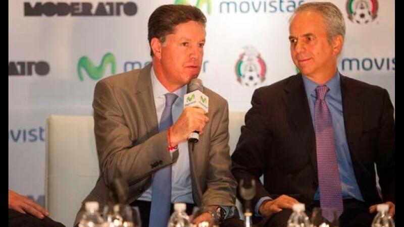 Ricardo Peláez (izquierda), director de la Comisión de Selecciones Nacionales,