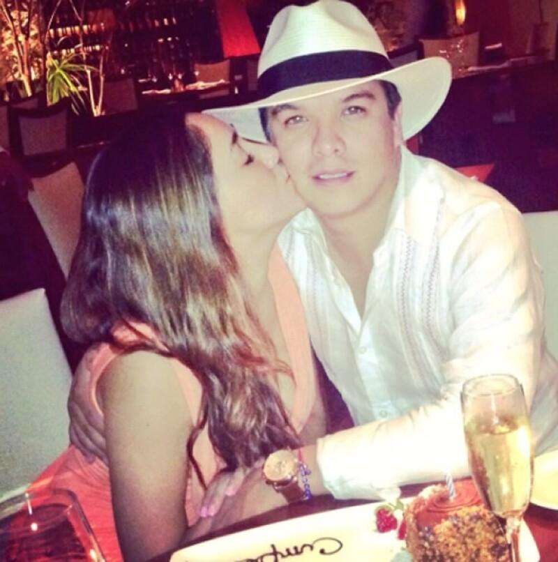 La actriz se casará este sábado con el político Gerardo Islas en Cancún; la boda será solamente por el civil y se espera asistan alrededor de 200 invitados.