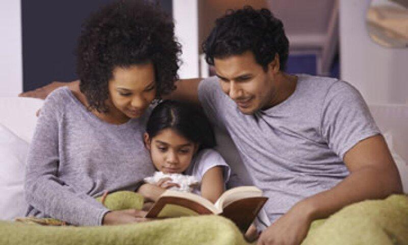 Lograr que los hijos duerman a sus horas ha sido un inconveniente de miles de padres (Foto: iStock by Getty Images)