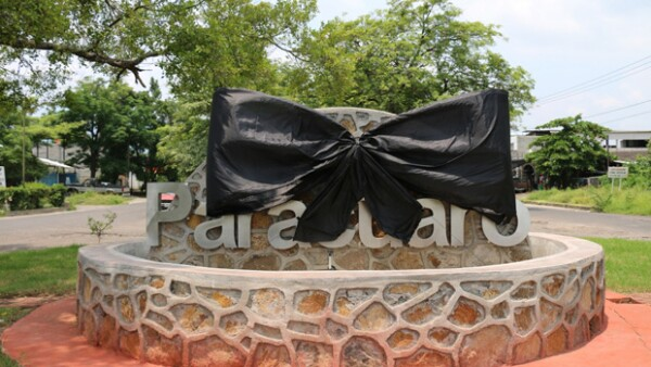 Mara Patricia Castañeda ha informado que los restos del cantante llegarán a Ciudad Juárez el sábado y ahí iniciarán la serie de homenajes en su honor en otras ciudades.