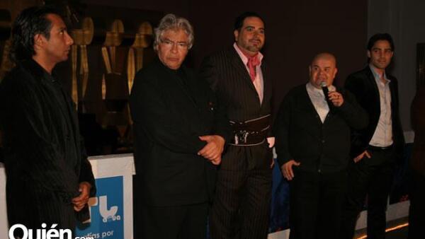 Exposicion Carlos Latapi
