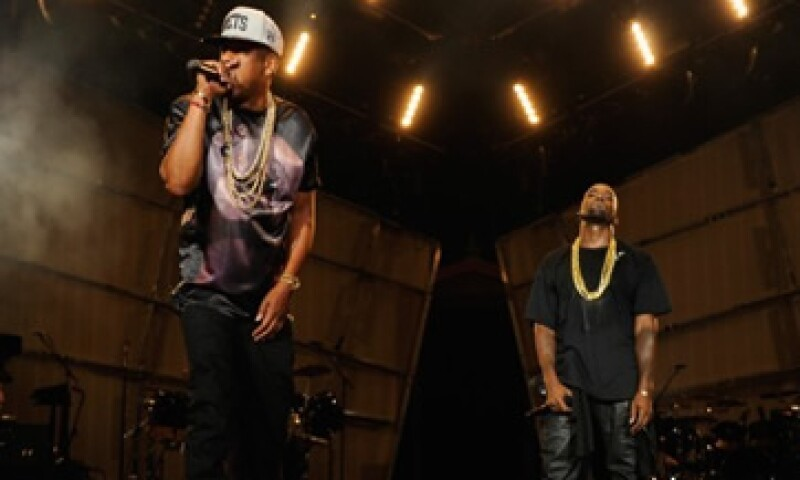 Jay-Z y Kanye West trabajaron juntos en el disco Watch the Throne. (Foto: Tomada de CNNMoney.com)