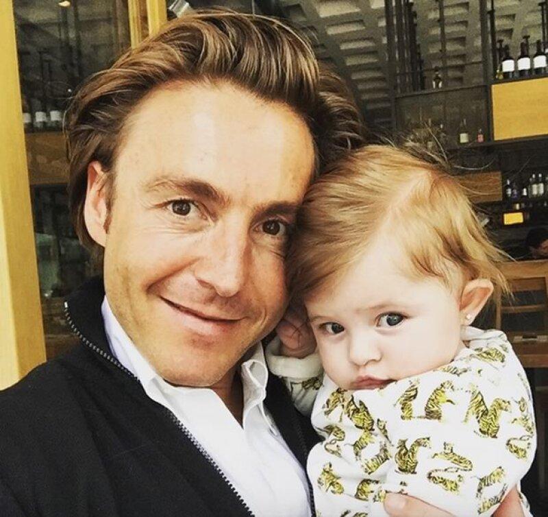 Mateo Gorina con su hermosa hija.