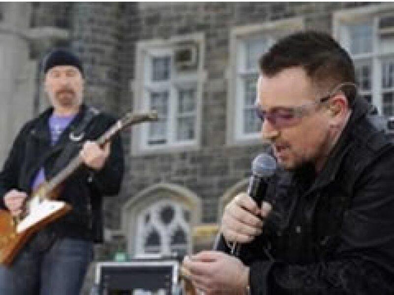 La difícil situación económica impidió a U2 vender más discos y construir una megatorre.  (Foto: Reuters)
