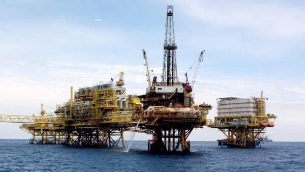 Petróleos Mexicanos dijo que cuenta con la solvencia económica para cubrir los pagos a proveedores y contratistas.