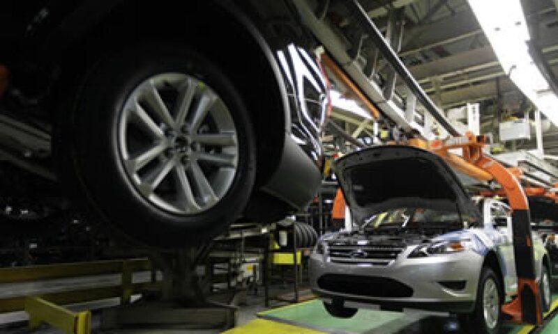 EU checa autos de Ford por posible falla (Foto: AP)