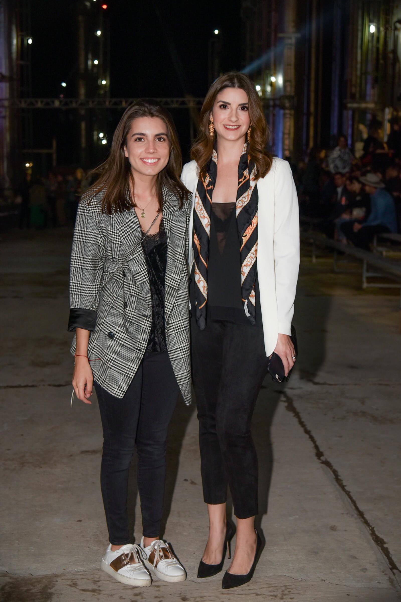 Ana Gabriela Zotelo y Maria Sentini.jpg