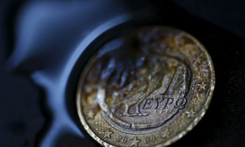 El sondeo revela que 74% de los griegos quiere permanecer en la zona del euro.  (Foto: Reuters )