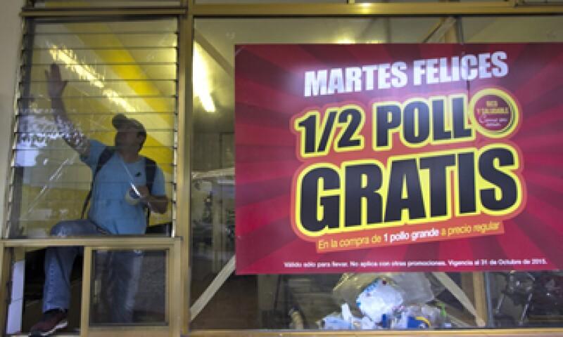 En la zona de Puerto Vallarta hay 1,917 restaurantes y en Colima, 4,870 establecimientos.  (Foto: AFP)