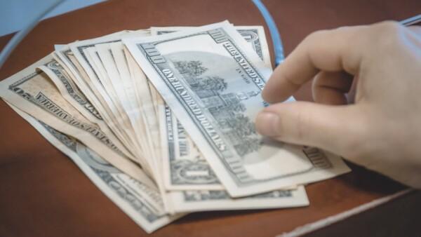 Payment teller, dollar