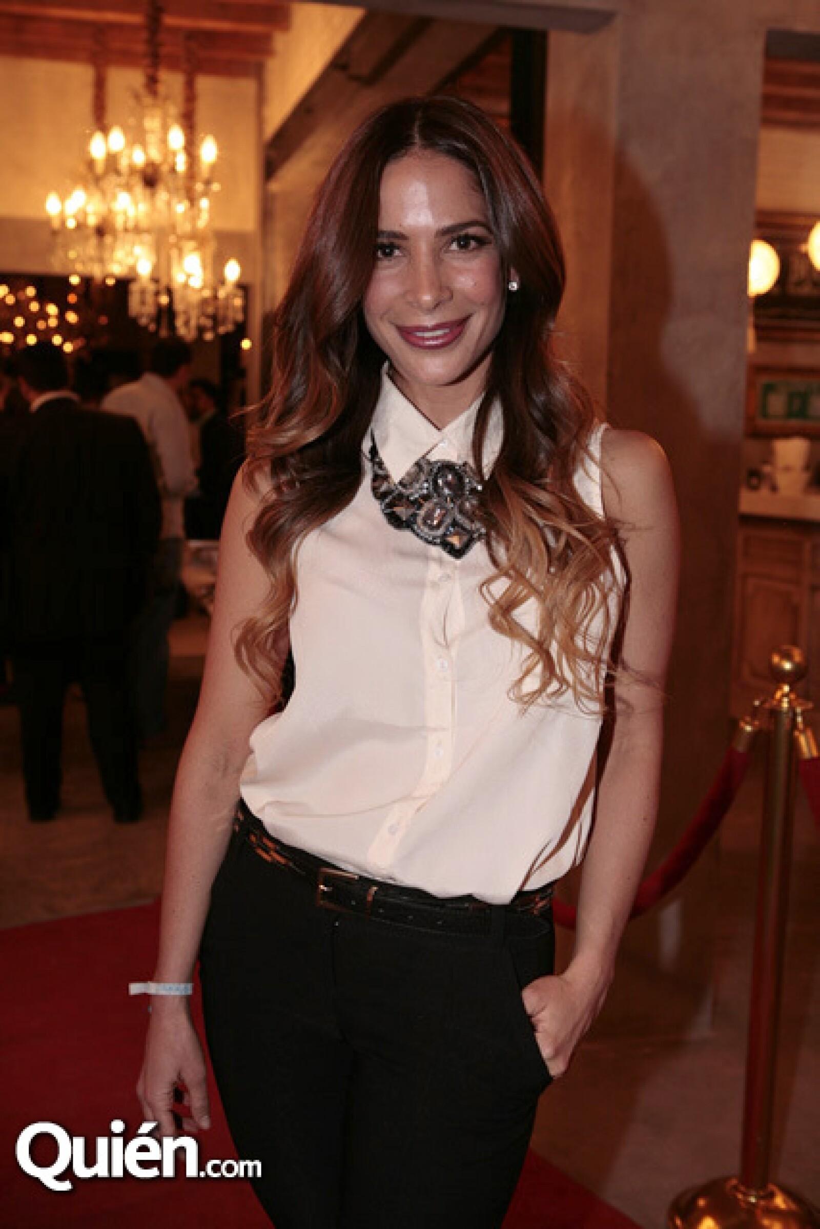 Estela Calderón