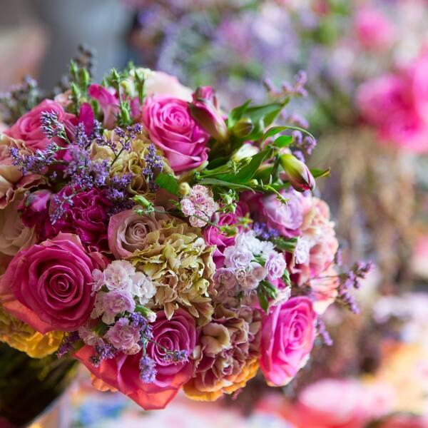 Taller de flores con Otilia Freyre