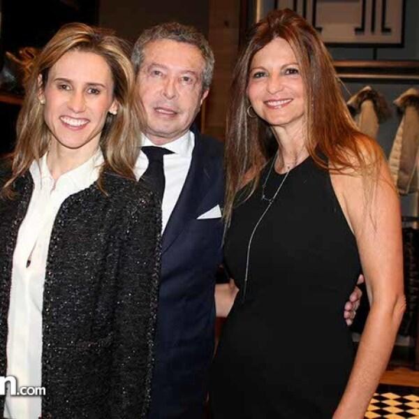 Adriana Da%u0301vila,Rau%u0301l Zorrilla y Perla Bitchatchi