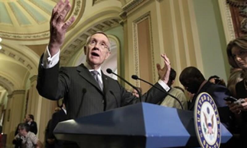 Harry Reid, el líder de los demócratas en el Senado asegura que su proyecto es la última oportunidad para salvar a EU del impago.  (Foto: AP)