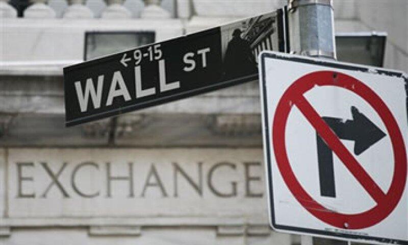 Entre estas firmas están Morgan Stanley, Wells Fargo y UBS. (Foto: AP)