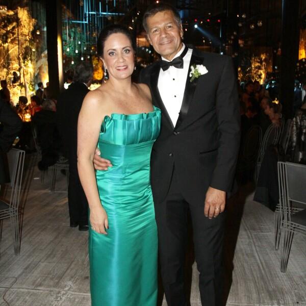Papás de la novia Elena Aguilar y Alberto Olson.JPG