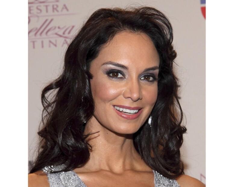 Durante muchos años, la ex Miss Universo ha sido un ícono de belleza, no sólo en México, también alrededor del mundo. Hoy a sus 43 años, confiesa sus secretos de belleza.