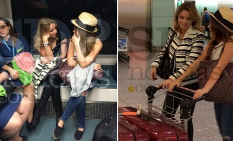 La primera dama fue captada junto a su hija en el aeropuerto de Madrid. Ambas lucían atuendos casuales y un perfil discreto. Aseguran que la primera dama llegó el pasado 25 de septiembre.