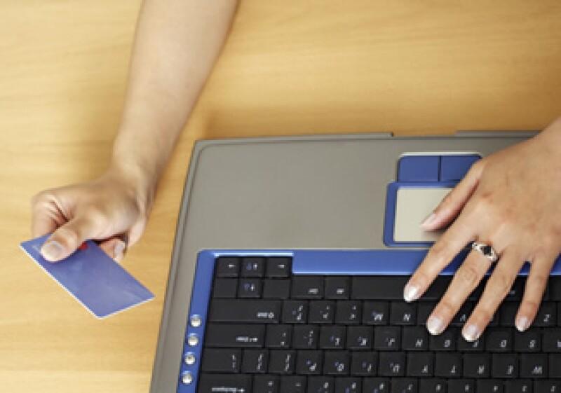 Gumbine no está interesado en comprar o investigar productos cuando navega Facebook. (Foto: Photostogo.com)