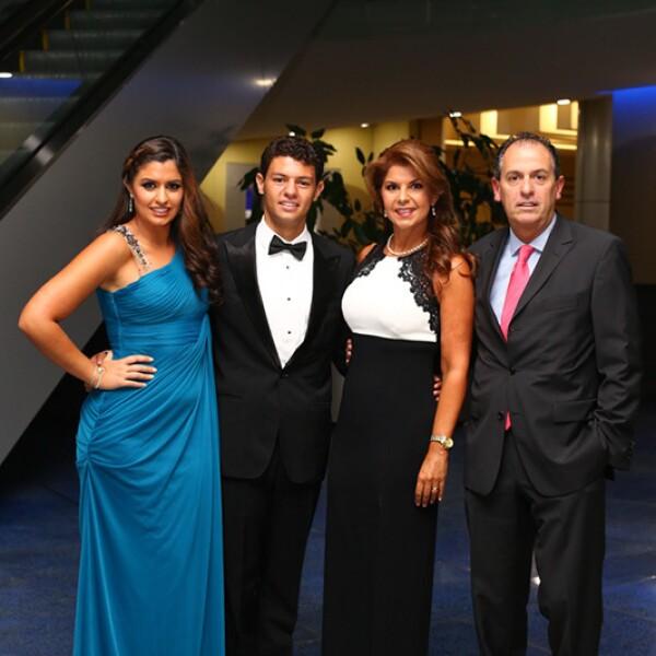 Paloma ,Manuel ,Marina y Sergio Gutiérrez