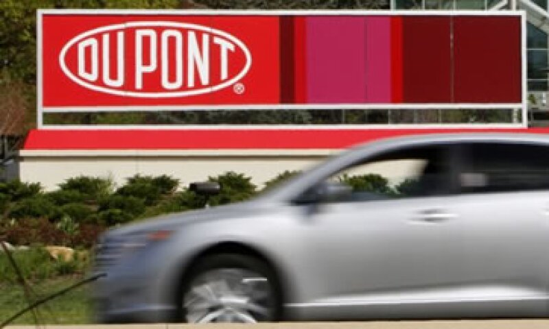 La unidad de pintura para autos de DuPont cuenta con 11,000 empleados y espera ventas de más de 4,000 mdd este año.  (Foto: Reuters)