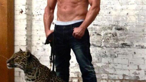 """Vin Diesel sabe muy bien que tiene un """"cuerpo de acero"""" por ello no le da pena mostrarlo."""
