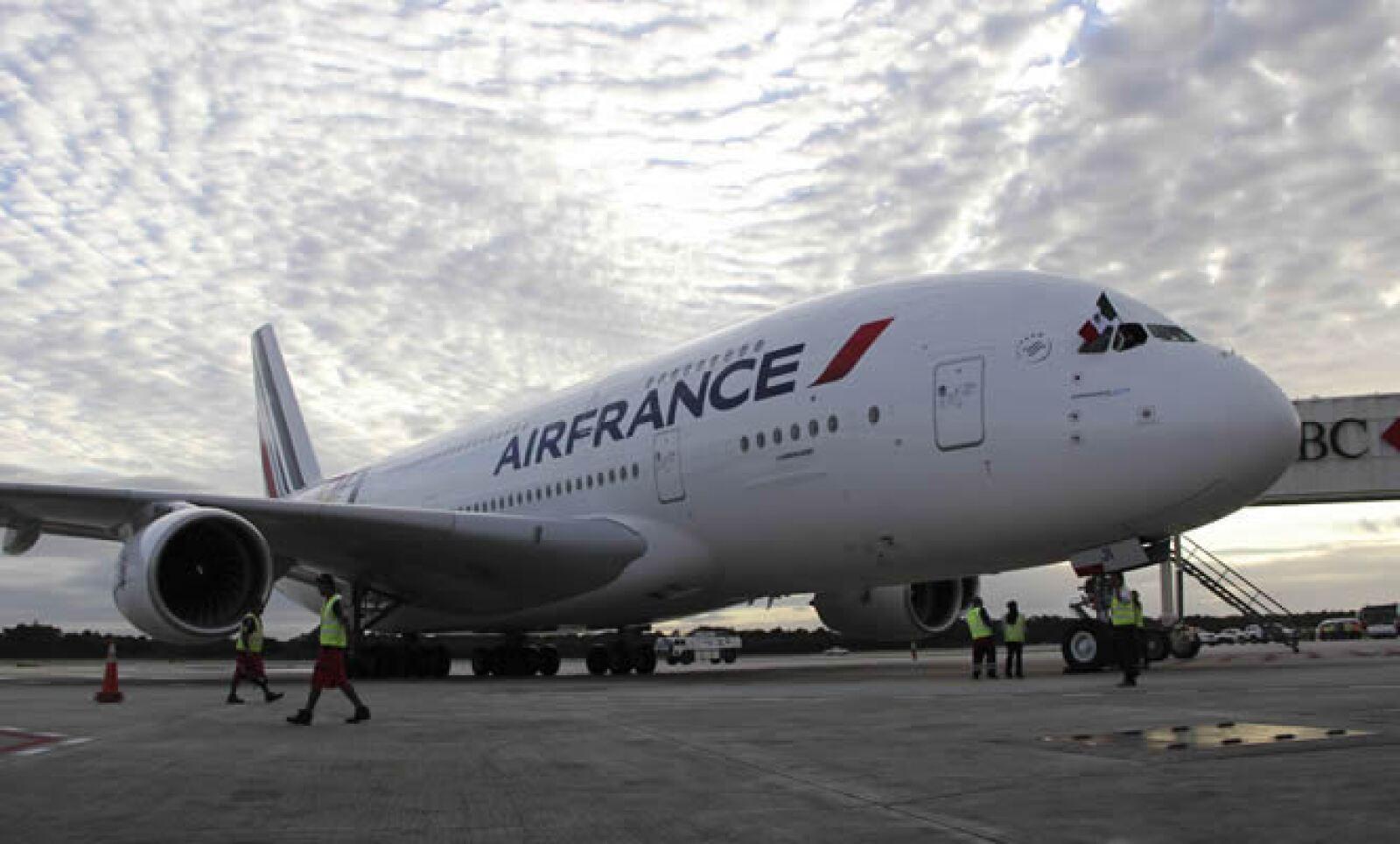 La terminal aérea de Cancún es la única del país con las condiciones adecuadas para recibir un avión de estas dimensiones, señaló el director de Air France-KLM México, Jérome Salemi.