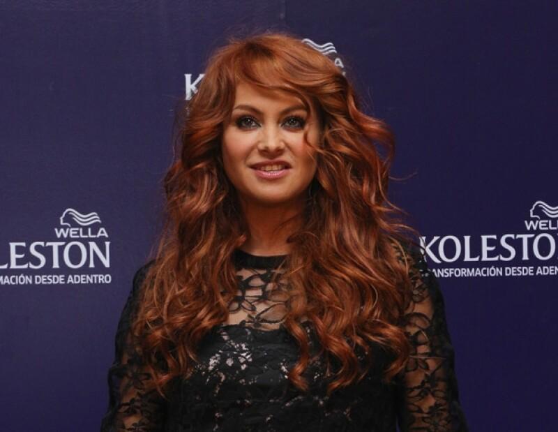 """Ayer la cantante junto a sus compañeros de """"The X Factor"""" presentaron la nueva temporada de dicho show, donde la mexicana apareció con el pelo rubio dorado al que nos tenía acostumbrados."""