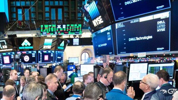 Dell regresa a los mercados