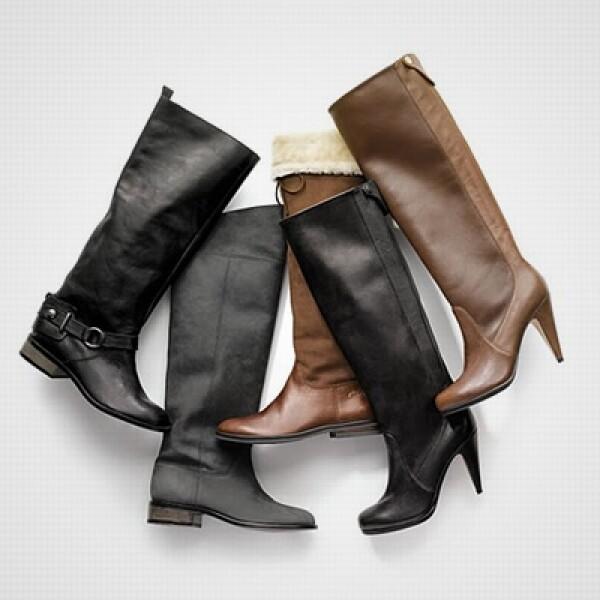 Las botas con diferentes estilos, entre la gamuza y la piel, son parte de la propuesta de la firma de Nueva York.