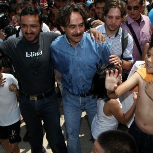 Gabriel Quadri se reune con ciudadanos en monumento a la revolución