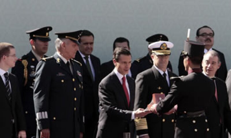 El presidente Enrique Peña Nieto encabezó este domingo el 101 Aniversario de la Marcha de la Lealtad. (Foto: Notimex)