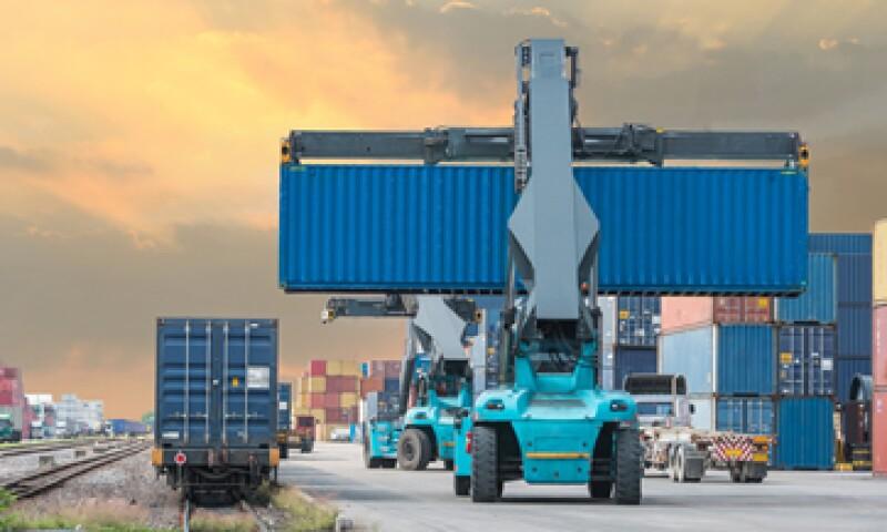La disminución del déficit comercial revirtió la tendencia de agosto. (Foto: Shutterstock )