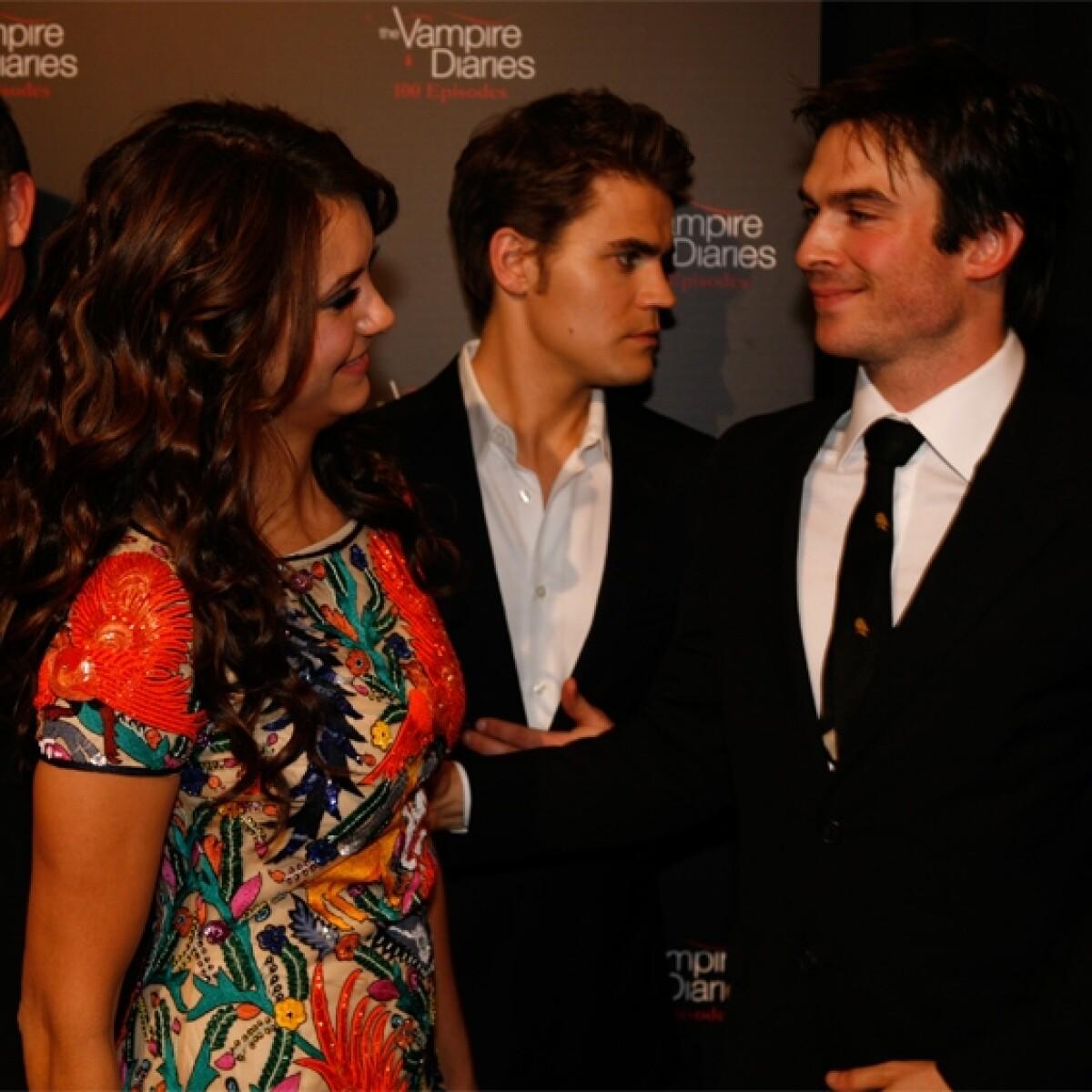 Tras romper con Derek, Nina ve a Ian en fiesta de The Vampire Diaries