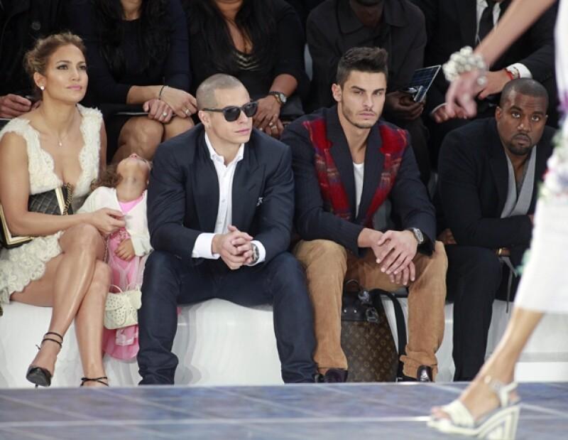 El káiser de la moda presentó hoy su propuesta para la maison Chanel aquí te contamos los cinco detalles que no te puedes perder.