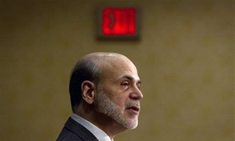 El republicano Newt Gingrich acusó a Bernanke de gastar en secreto para rescatar a un grupo y no rescatar a otro. (Foto: AP)