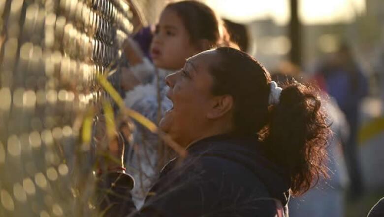 Los familiares gritaban el nombre de sus seres queridos afuera del penal, en espera de una respuesta.