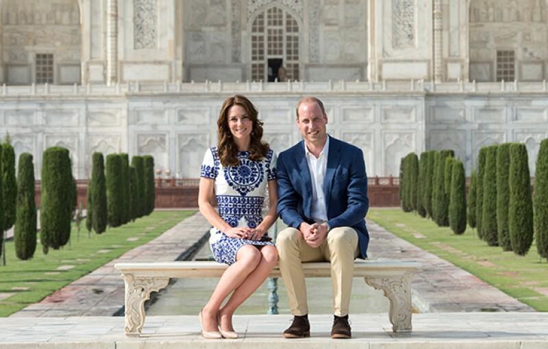 """La pareja más querida (y famosa) de la monarquía británica cumple hoy cinco años desde que se casaron en un enlace considerado como """"La boda del siglo""""."""