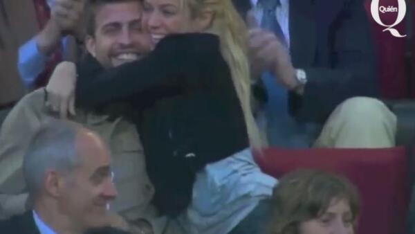 El romántico beso de Shakira y Piqué que desmiente