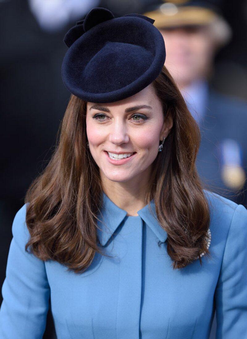 Esta tendencia tomó todavía más fuerza con Cara Delevingne, y ahora trasciende hasta la realeza con Kate Middleton