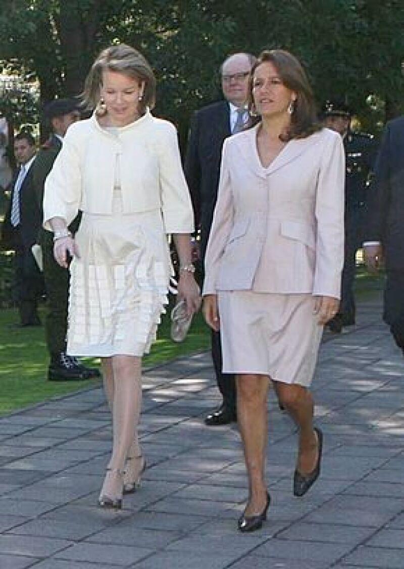 El presidente dio la bienvenida este lunes a Felipe y Matilde, quienes llegaron desde el fin de semana a nuestro país, aunque su visita oficial comenzó esta semana. La princesa visitó el DIF del DF.