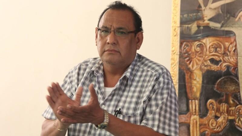 Luis Mazón Alonso tomó protesta como alcalde de Iguala, en sustitución del ahora prófugo José Luis Abarc