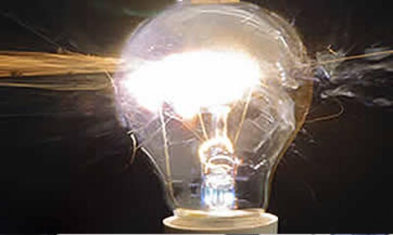 La SHCP unificará las tarifas eléctricas para uso doméstico a fin que reflejen con más fidelidad el consumo de los usuarios. (Foto: Notimex)